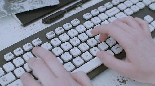 keyboard typing photo